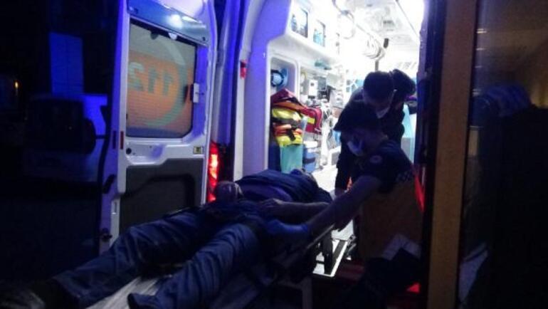 Otomobiliyle evin duvarına çarptı Alkollü sürücü hastaneye kaldırıldı