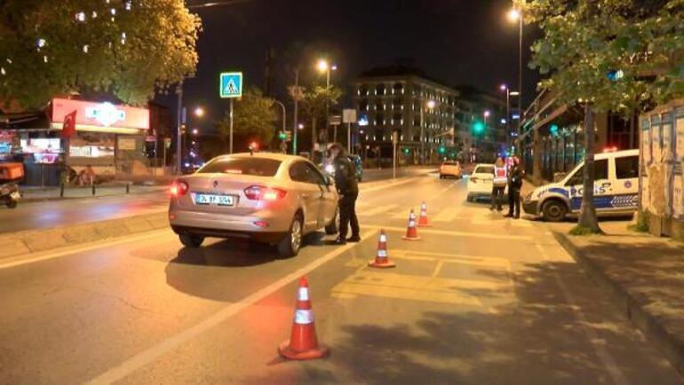 İstanbulda tam kapanmanın ilk gecesinde ceza yağdı Araçlar tek tek durduruldu